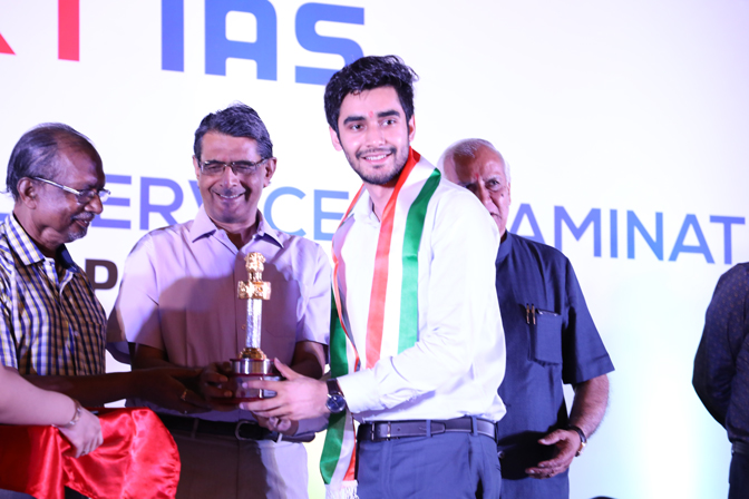 Ankit Pannu (AIR-31, CSE 2017) feing felicitated during the ceremony